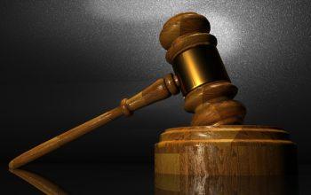W jaki sposób adwokat może pomóc przeprowadzić rozwód i podział majątku
